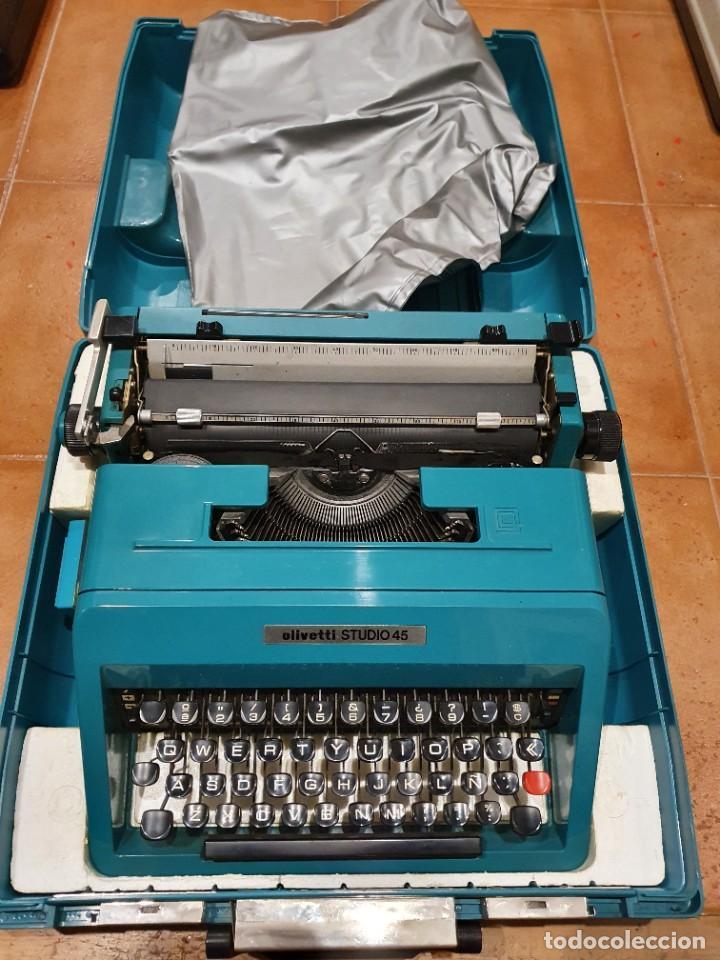 MÁQUINA DE ESCRIBIR OLIVETTI STUDIO 45 FUNCIONANDO CON CAJA COMO NUEVA (Antigüedades - Técnicas - Máquinas de Escribir Antiguas - Olivetti)