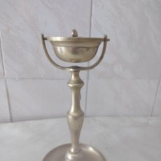 Antigüedades: ANTIGUA LAMPARA QUINQUE DE BARCO, CABEZA BALANCEANTE, DE LATON. CON MECHA. Lote 264686829