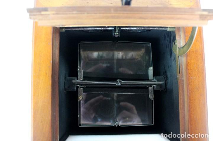 Antigüedades: ANTIGUO VISOR ESTEREOSCOPICO DE SOBREMESA + LOTE DE FOTOGRAFIAS ESTEROSCOPICAS DE CRISTAL -ORIGINAL - Foto 7 - 264780754