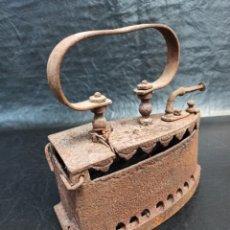 Antigüedades: ANTIGUA PLANCHA DE CARBÓN. CG2. Lote 265446064