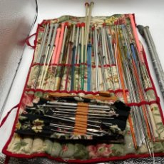 Antigüedades: JUEGOS DE AUJAS DE COSER PUNTO Y GANCHILLOS. Lote 265658109