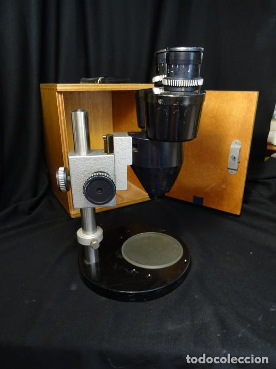 Antigüedades: antigua Lupa binocular española. BOBES, con su caja, microscopio, optica, laboratorio - Foto 3 - 265697449
