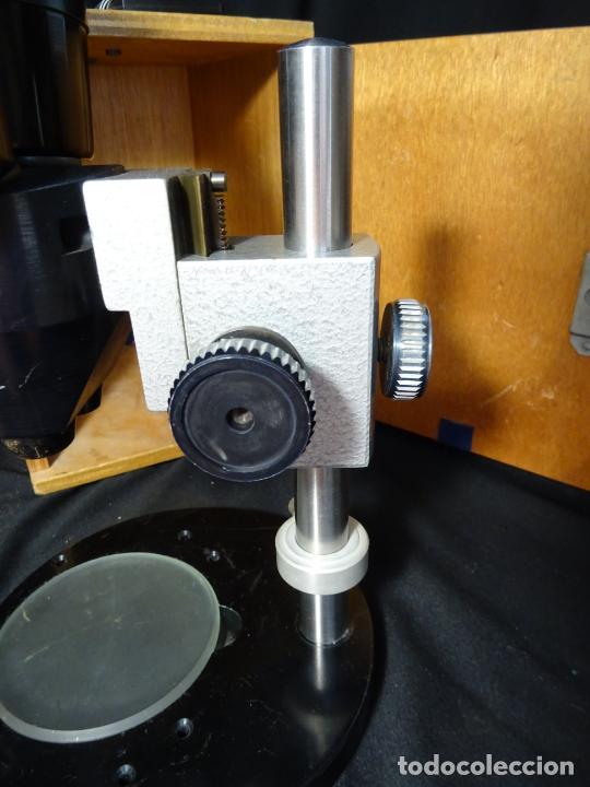 Antigüedades: antigua Lupa binocular española. BOBES, con su caja, microscopio, optica, laboratorio - Foto 4 - 265697449
