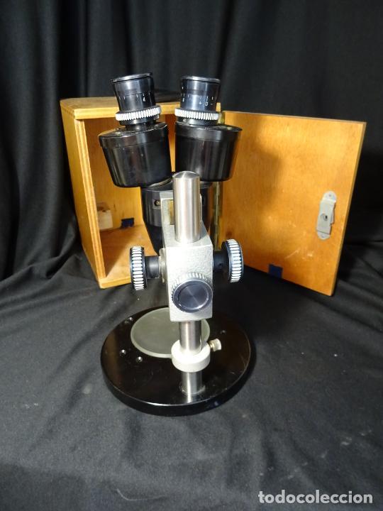 Antigüedades: antigua Lupa binocular española. BOBES, con su caja, microscopio, optica, laboratorio - Foto 5 - 265697449