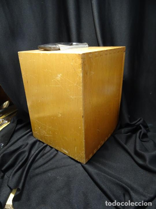 Antigüedades: antigua Lupa binocular española. BOBES, con su caja, microscopio, optica, laboratorio - Foto 14 - 265697449
