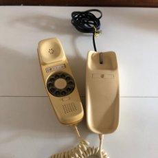 Teléfonos: TELÉFONO DE GÓNDOLA COLOR CREMA CON ALGÚN GOLPE COMO SE VE EN LAS FOTOS. Lote 265703564