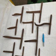 Antiquités: GRAN LOTE DE CERROJOS ANTIGUOS DE FORJA!. Lote 265861119