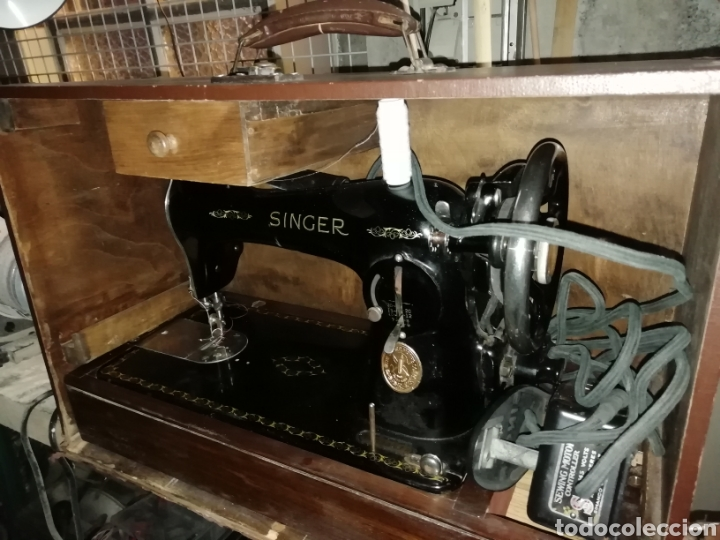 Antigüedades: Máquina de coser Singer de Maleta - Foto 4 - 266050158