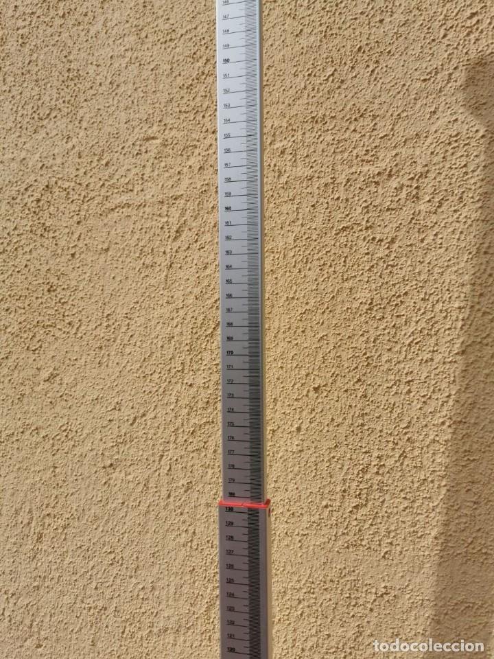 Antigüedades: Báscula marca SECA de uso médico o farmacéutico con peso y altura, funciona perfectamente - Foto 3 - 266549453