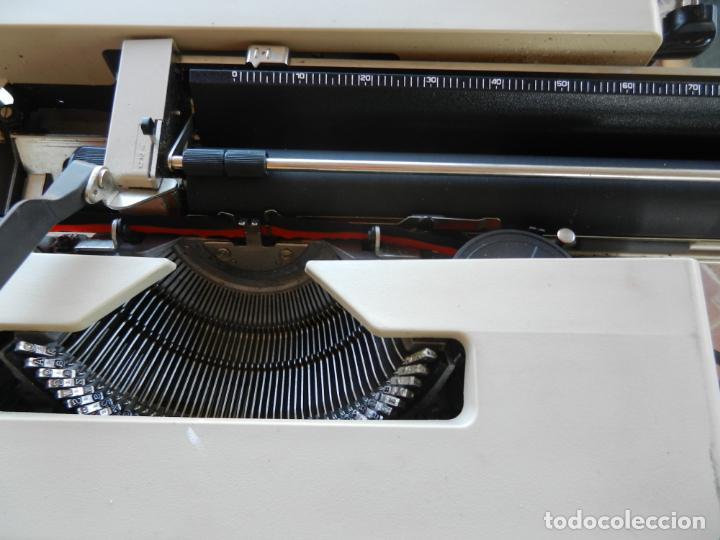Antigüedades: OLIVETTI LETTERA 25 - ANTIGUA MÁQUINA DE ESCRIBIR - CON MALETA ORIGINAL. - Foto 6 - 266790469