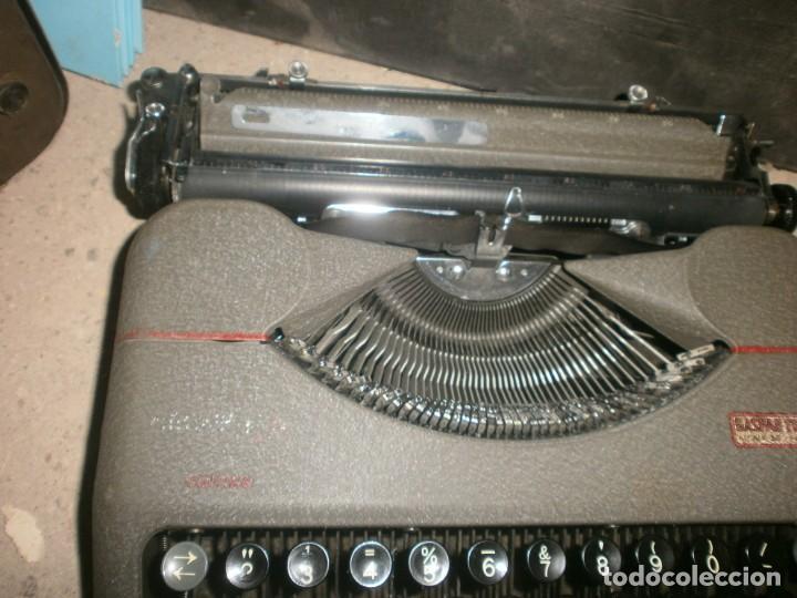 Antigüedades: Máquina de escribir portatil hermes baby con maletin hierro buen estado marca sello Gaspar Trenet - Foto 3 - 266796924
