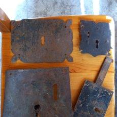 Antigüedades: ANTIGUAS CERRADURAS Y BOCALLAVES. Lote 266995584