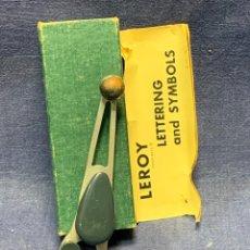 Antigüedades: TRANSPORTADOR DIBUJO LEROY ADJUSTABLE SCRIBER MADE IN USA 3237-2 INSTRUCCIONES ORIGINAL 11X4CMS. Lote 267053334