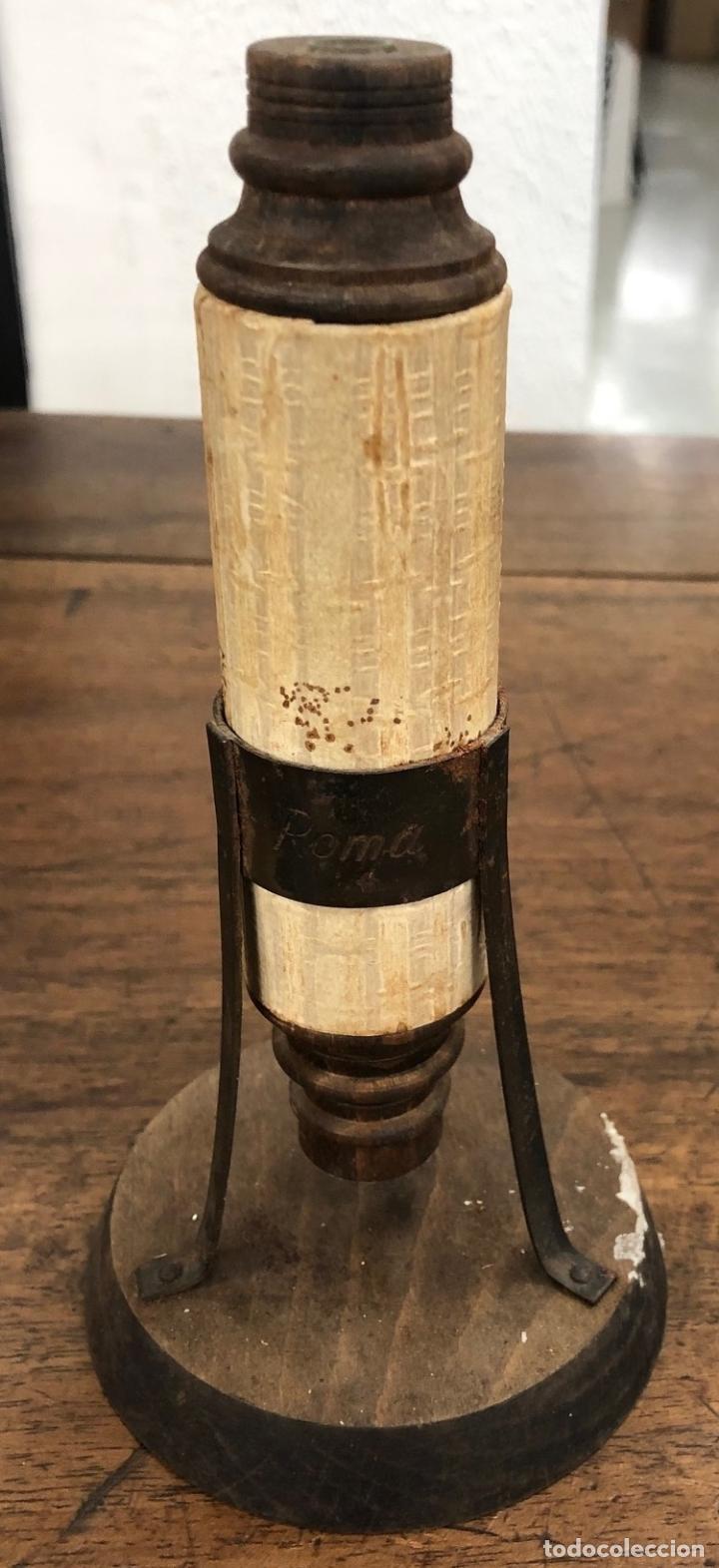 REPRODUCCION MICROSCOPIO CAMPANI ITALIA 1673. GIUSEPPE CAMPANA. AÑOS 70 (Antigüedades - Técnicas - Instrumentos Ópticos - Microscopios Antiguos)