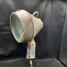 Antigüedades: VIEJO FOCO NÁUTICO MARCA PHILIPS. Lote 267134479