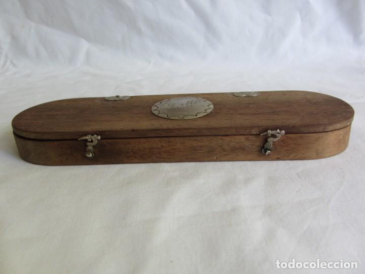 Antigüedades: Antigua balanza francesa en caja de madera con pesos y tabla de conversiones - Foto 5 - 267196104