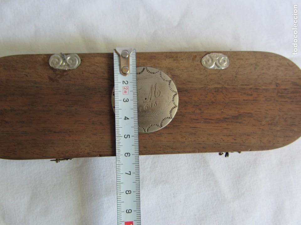 Antigüedades: Antigua balanza francesa en caja de madera con pesos y tabla de conversiones - Foto 9 - 267196104