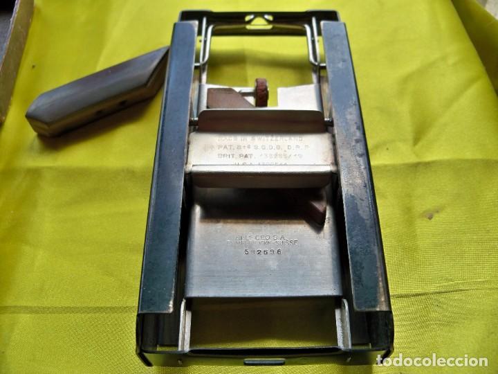 Antigüedades: Antiguo suavizador de cuchillas de afeitar ALLEGRO made in Switzerland en caja original - Foto 2 - 267568634