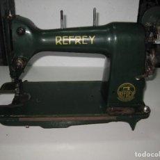 Antiguidades: MAQUINA DE COSER REFREY. Lote 267794519