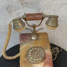 Teléfonos: TELEFONO BASE ONIX AÑOS 60 ESTILO ANTIGUO MARMOL PIEDRA 28X15X22CMS. Lote 267811529