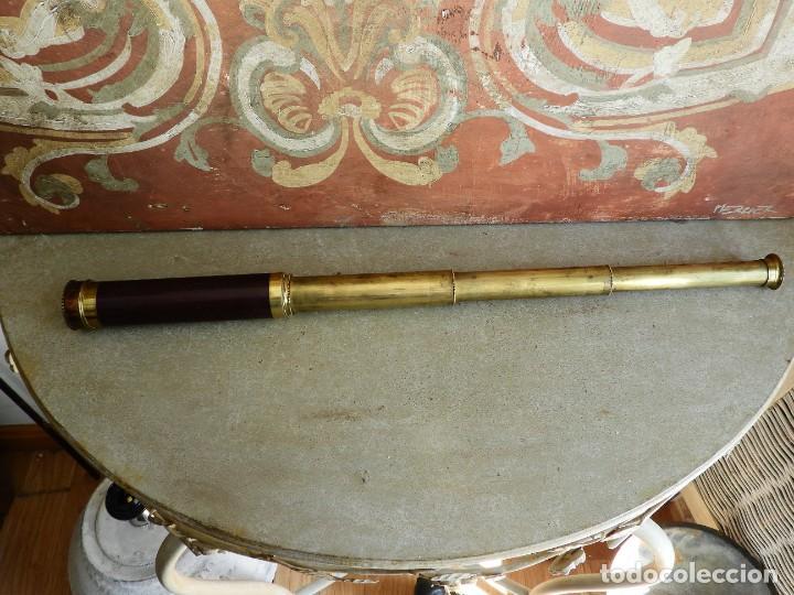 Antigüedades: CATALEJO ANTIGUO DE BRONCE Y MADERA DE VARIAS LENTES - Foto 2 - 267858424