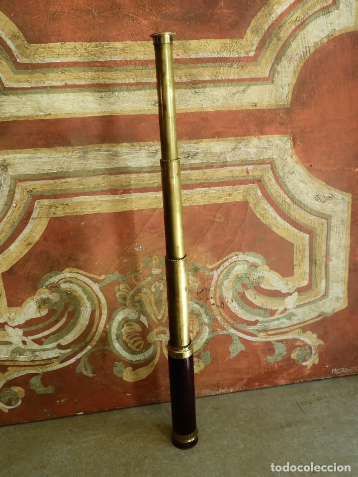 Antigüedades: CATALEJO ANTIGUO DE BRONCE Y MADERA DE VARIAS LENTES - Foto 7 - 267858424