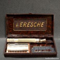 Antigüedades: ANTIGUA MAQUINILLA DE AFEITAR LERESCHE FRANCIA. Lote 268432269