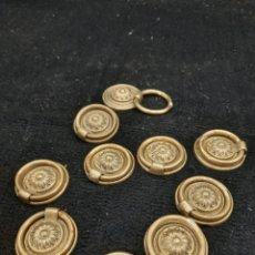 Antigüedades: 10 TIRADORES DE BRONCE. Lote 268727519