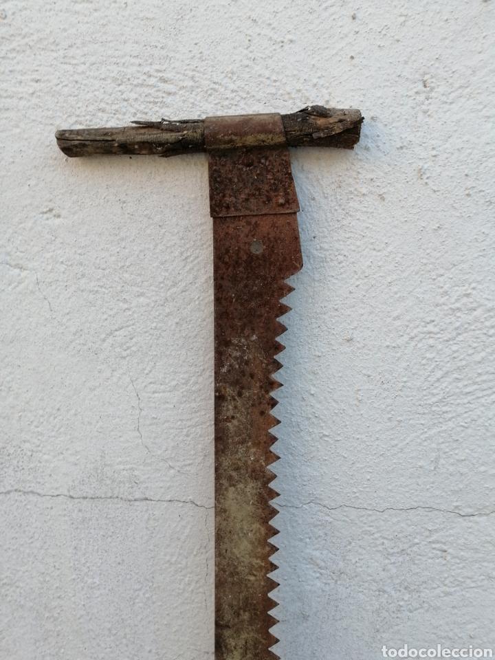 Antigüedades: MUY ANTIGUA SIERRA TRONCHADORA DE HIERRO - Foto 6 - 268781859