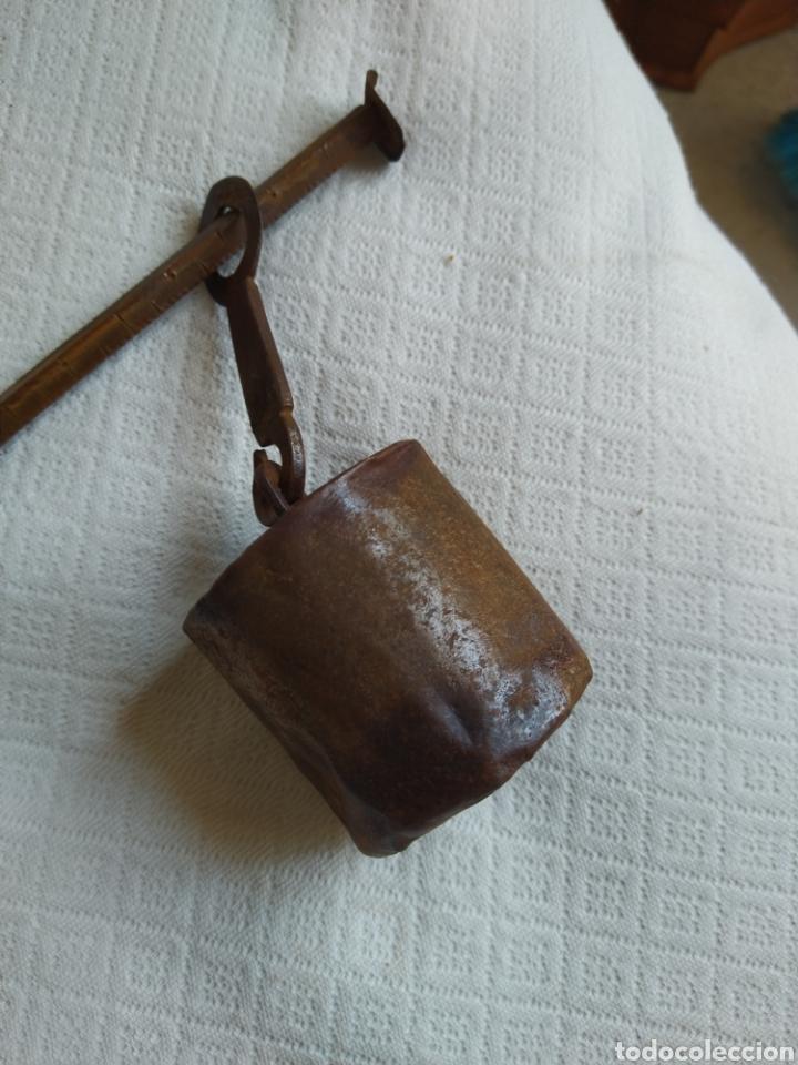 Antigüedades: Romana/ Balanza Artesanal , siglo XIX ,hierro forjado, peso artesano - Foto 3 - 269067963
