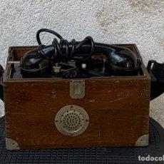 Teléfonos: TELEFONO COMPLETO COFRE MADERA CAMPAÑA PORTATIL RENFE FERROCARRIL 24X30X11CMS. Lote 269085183