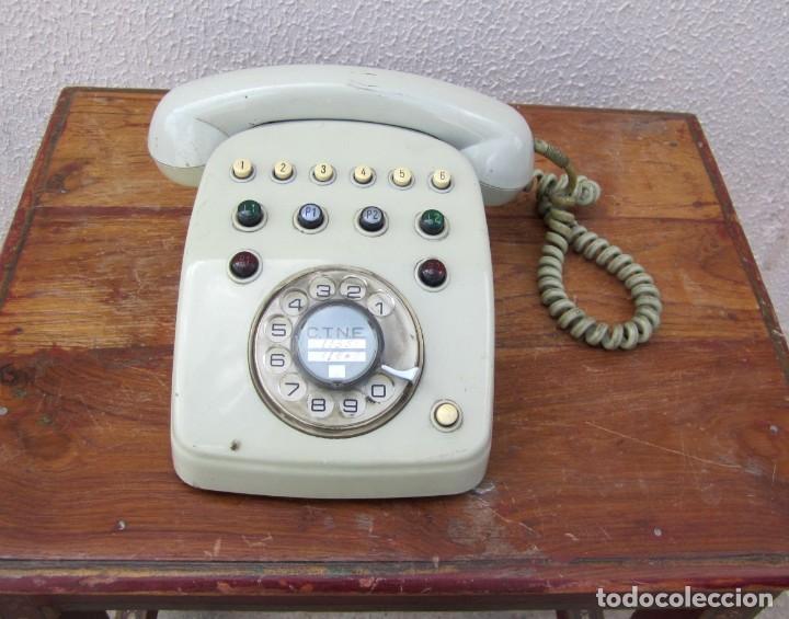 TELEFONO GRIS DE CNTE, DE 2 LINEAS DE ENTRADA, 6 DE SALIDA (Antigüedades - Técnicas - Teléfonos Antiguos)