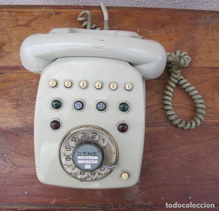 Teléfonos: Telefono gris de CNTE, de 2 lineas de entrada, 6 de salida - Foto 2 - 269118538