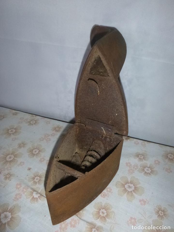 Antigüedades: ANTIGUA PLANCHA DE CARBON DE CHIMENEA - Foto 4 - 269143588