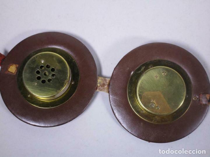 Antigüedades: ANTIGUOS RELOJES BAROMETRO Y TERMOMETRO ANEROIDE EN CUERO Y LATÓN MUY ELEGANTES 11,5 cm diametro - Foto 2 - 269258318
