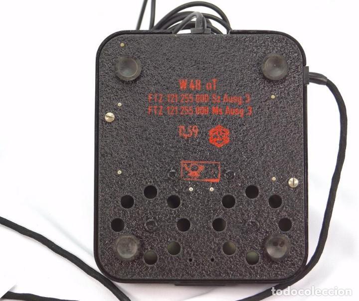 Teléfonos: Teléfono de Baquelita Marca W-48 -Totalmente restaurado funcionando - 68965/6 - Noviembre 1959 - Foto 6 - 270363708