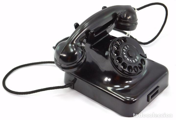 Teléfonos: Teléfono de Baquelita Marca W-48 -Totalmente restaurado funcionando - 68965/10 - Septiembre 1960 - Foto 4 - 270365203