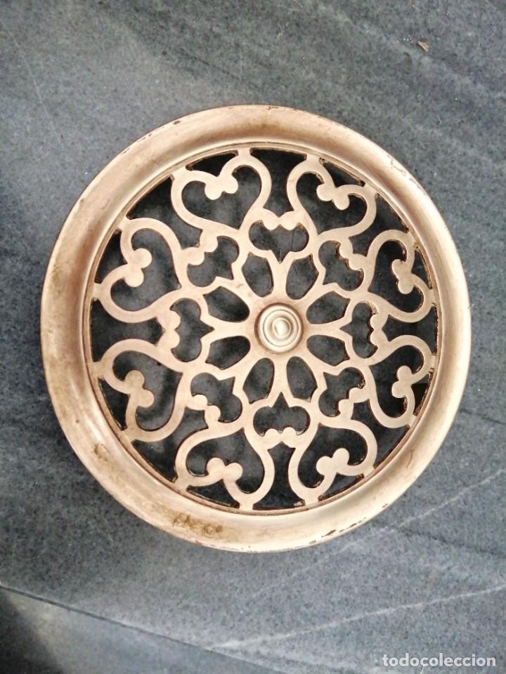 Antigüedades: Antigua MIRILLA OJO DE METAL BRONCE FORMA DE CORAZÓN para PUERTA de madera cerrajeria - Foto 4 - 270641698