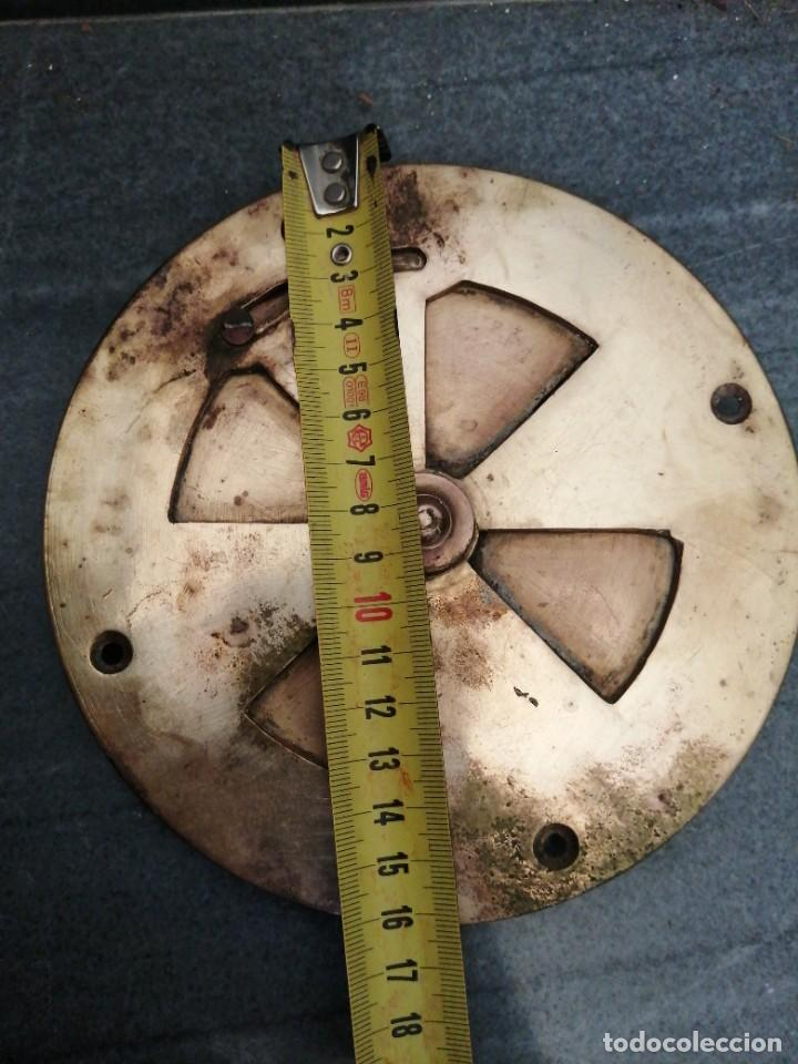 Antigüedades: Antigua MIRILLA OJO DE METAL BRONCE FORMA DE CORAZÓN para PUERTA de madera cerrajeria - Foto 6 - 270641698