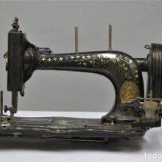 Antigüedades: MAQUINA DE COSER WERTHEIM FRANCFORT. Lote 270682453