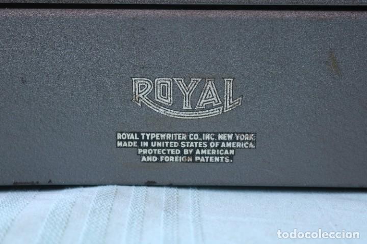 Antigüedades: Maquina de escribir Royal Arrow de 1.953 . Antique typewriter Royal Arrow from 1953. - Foto 4 - 270883233