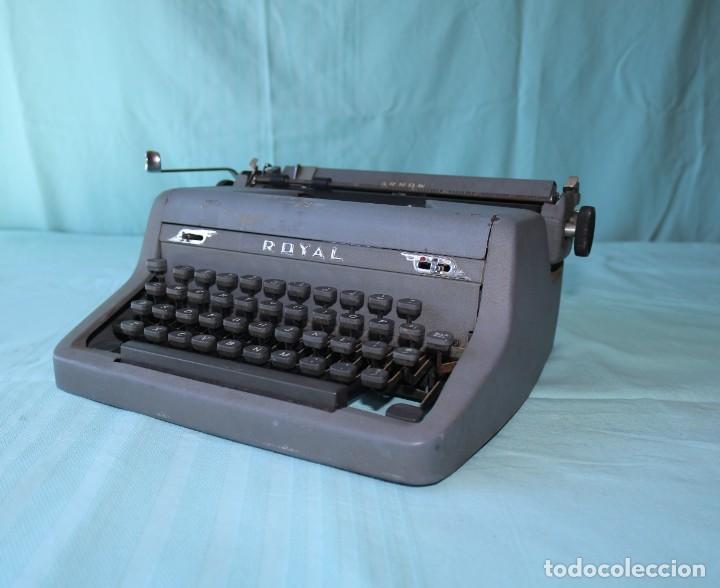 Antigüedades: Maquina de escribir Royal Arrow de 1.953 . Antique typewriter Royal Arrow from 1953. - Foto 7 - 270883233