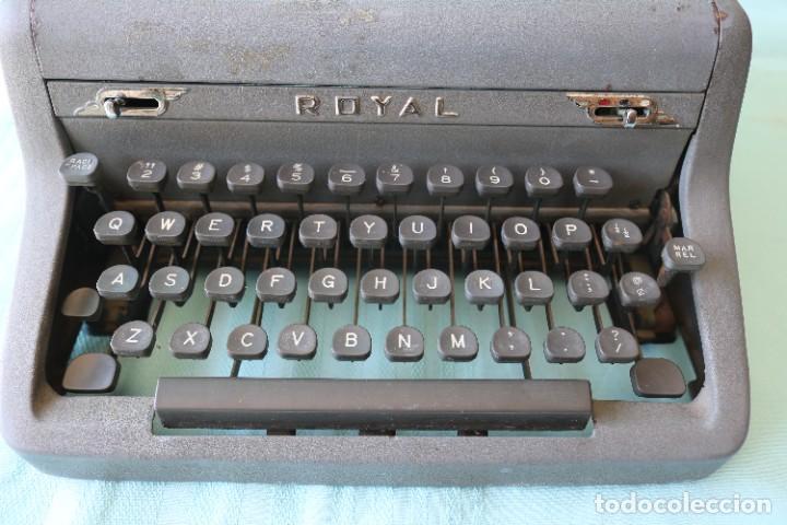 Antigüedades: Maquina de escribir Royal Arrow de 1.953 . Antique typewriter Royal Arrow from 1953. - Foto 12 - 270883233