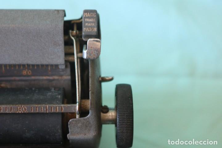 Antigüedades: Maquina de escribir Royal Arrow de 1.953 . Antique typewriter Royal Arrow from 1953. - Foto 15 - 270883233