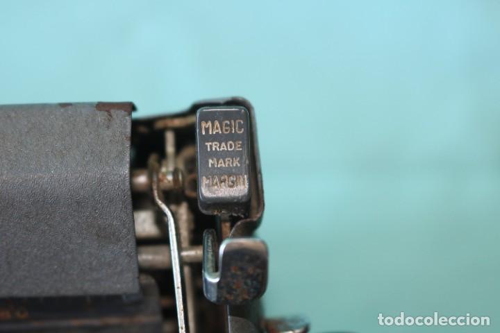 Antigüedades: Maquina de escribir Royal Arrow de 1.953 . Antique typewriter Royal Arrow from 1953. - Foto 16 - 270883233