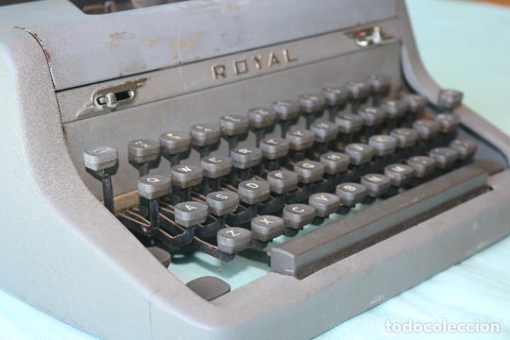 Antigüedades: Maquina de escribir Royal Arrow de 1.953 . Antique typewriter Royal Arrow from 1953. - Foto 20 - 270883233