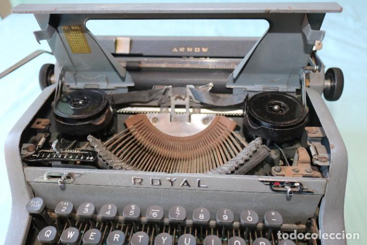 Antigüedades: Maquina de escribir Royal Arrow de 1.953 . Antique typewriter Royal Arrow from 1953. - Foto 27 - 270883233