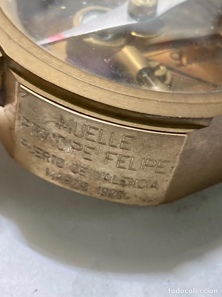 Antigüedades: Antiguo compás brújula náutica Stanley London en su caja de madera - Foto 6 - 270926758