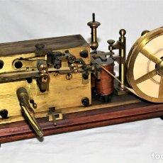 Antigüedades: TELEGRAFO ANTIGUO MAISON BREGUET. MUY BIEN CONSERVADO. USADO EN ESTACIONES DE TREN Y OTRAS.. Lote 270962478