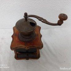 Oggetti Antichi: ANTIGUO MOLINILLO DE CAFE DE MADERA!. Lote 271787803